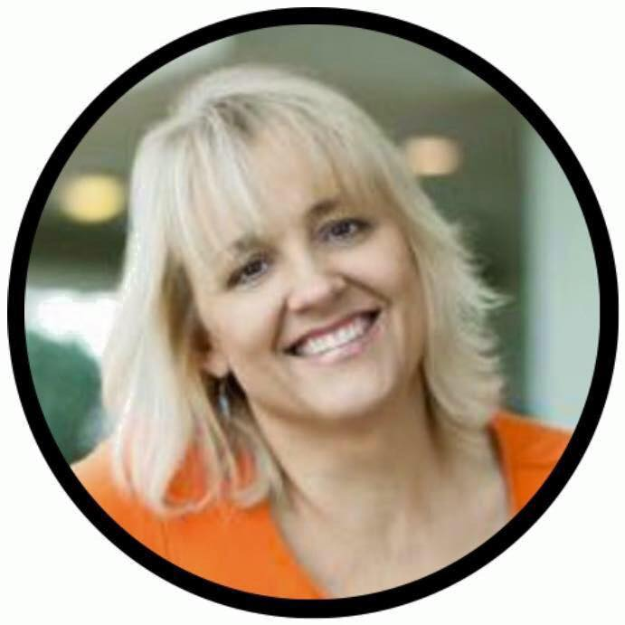 Dr. Sandi Eveleth, Digital Marketing Strategist