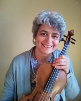 Monica Cuneo helps professional violin & viola players play free from pain, injuries and stage fright